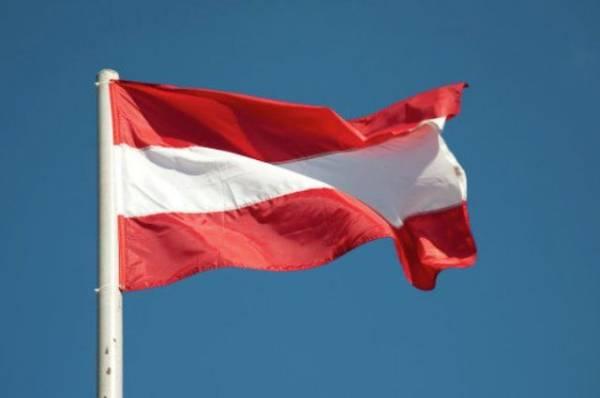 Канцлер Австрии подсчитал убытки от санкций против России