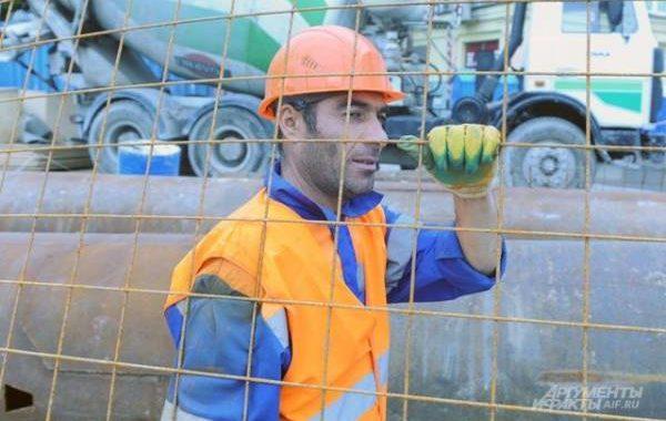 Минтруд предложил уменьшить квоту для привлечения иностранных работников