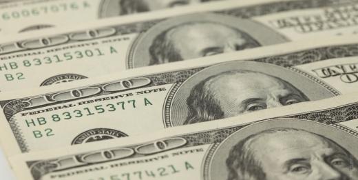 Уточнение санкционной политики США вызвало рост курса доллара США