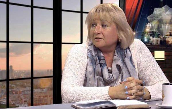 Экономист Елена Ларина: за деньги, отнятые у олигархов, расплатится народ